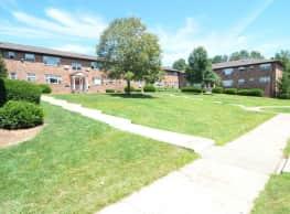 Hilltop Manor Apartments - Edison