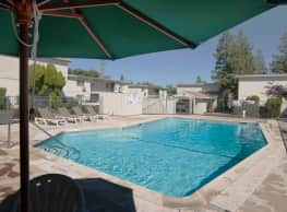 Sunridge Apartments - Fair Oaks