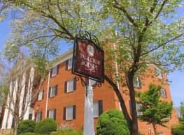 Tarleton Square - Monticello