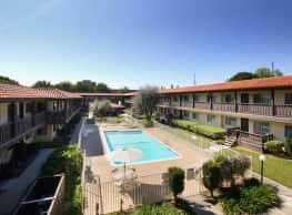 Villa Pointe - Orange
