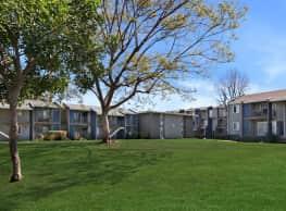 Vicino Apartment Homes - Lakewood