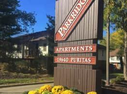 Parkridge Apartments - Cleveland