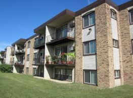 Crystal Village Apartments - Crystal