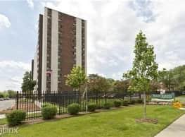 River Towers Apartments - Detroit