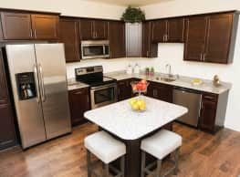 Highland Creek Condominiums - Troy
