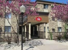 McCarrons Village Apartments - Saint Paul