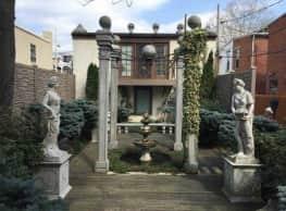 Rotegliano Apartments - Harrisburg