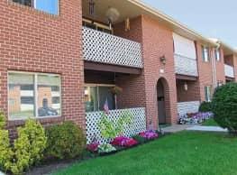 Delbrook Manor Apartments - Mechanicsburg