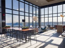 SkyVue Apartments - Oakland