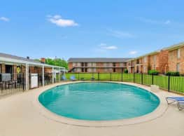 The Columns Apartments - Stephenville