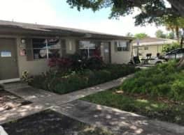 Cottage Cove - North Miami Beach
