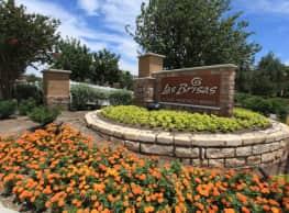 Las Brisas Luxury Apartments - Round Rock