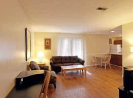 Applewood Village Apartments - Fayetteville