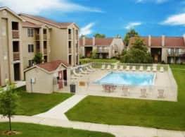Park Hill Apartments - Lexington