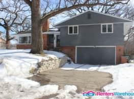 Recently Remodeled Edina Home (Brookview Heights) - Edina