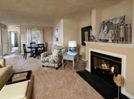 Regency Apartments - Fayetteville