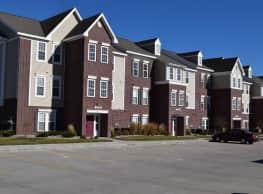 Lynbrook Apartments - Elkhorn