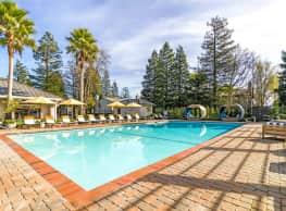 The Vineyard Luxury Apartments - Petaluma