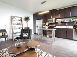 Belay Apartments - Milwaukee