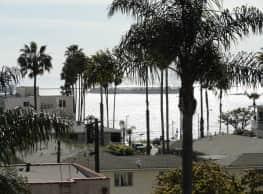 Versailles Apartments - Long Beach