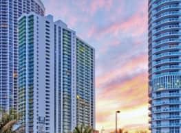 Bay Parc Plaza Apartments - Miami