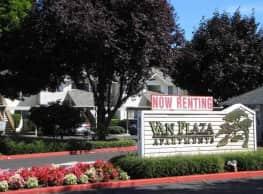 Van Plaza Apartments - Vancouver