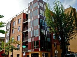 Brooks House Apartments - Madison