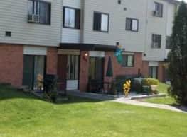 Logan Hills Apartments - Altoona