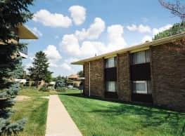 Hawthorne Hills Apartments - Toledo