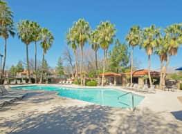 Colonia & Hacienda del Rio - Tucson
