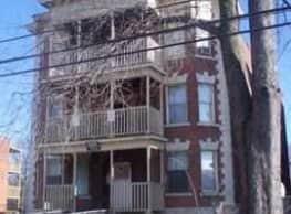 Vine Apartments - Hartford