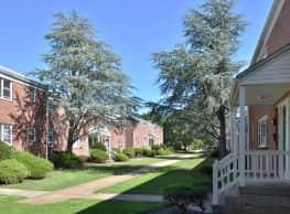 Woodbridge Apartments - Edison