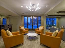 Solis Sharon Square Apartments - Charlotte