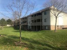 Longmeadow Apartments - Grand Rapids