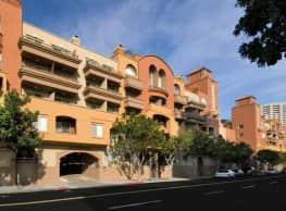 Harborview Apartment Homes - San Diego