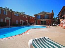 Muntage Apartment Homes - Oklahoma City