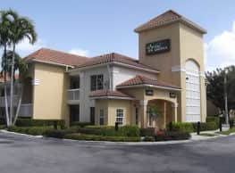 Furnished Studio - Miami - Airport - Blue Lagoon - Doral