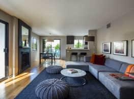 888 Hilgard Apartments - Los Angeles
