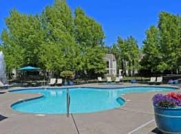 Harbor Oaks Luxury Apartments - Sacramento