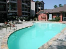 Riverwalk Apartments - Conroe