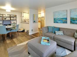 Starboard Apartments - Kirkland