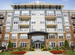 Apartments at Weston Lakeside - Cary