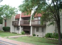 The Aragon Apartments - Wichita