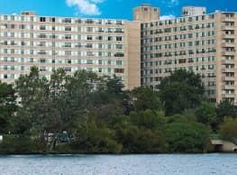 Cooper River Plaza - Pennsauken