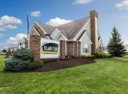 Island Club Apartments - Fort Wayne
