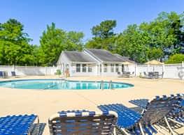 Sand Ridge Apartments - Wilmington