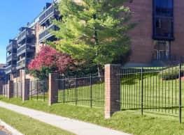 Westwood Apartments - West Hartford