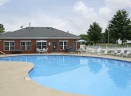 Parkwood Village Apartments - Brunswick