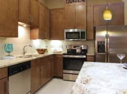 BelleMeade Apartments - West Des Moines