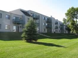 Woodmere Apartments - Woodbury